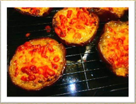 ナス(イタリアナス)のチーズ焼き トマト味&みそマヨ味   簡単おススメ!のイメージ